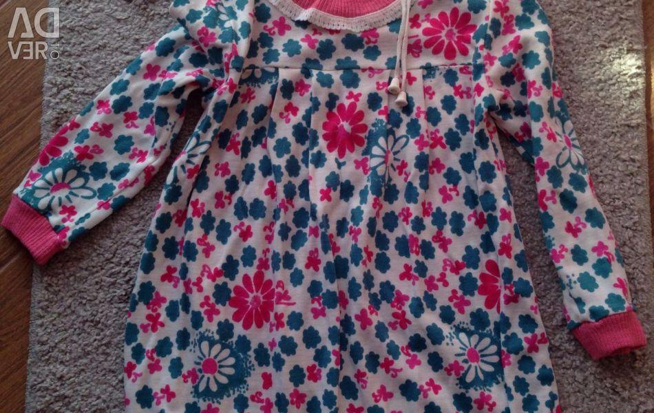 Children's dress for 3-4 years