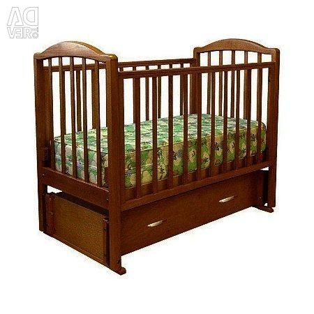 Crib with orthopedic mattress