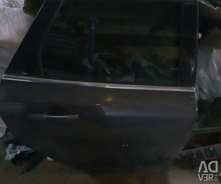 Двері задні праві універсал Форд Фокус 3 сіра