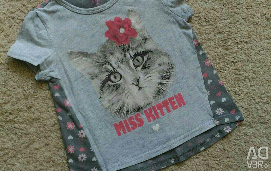 Tricou pentru fetița de dimensiune 80