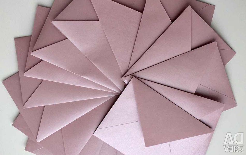 Plicuri de hârtie de design realizate manual