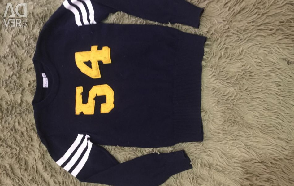 Sweater on the boy of R.140