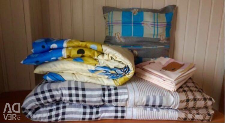 Sleeping kit for builders, workers