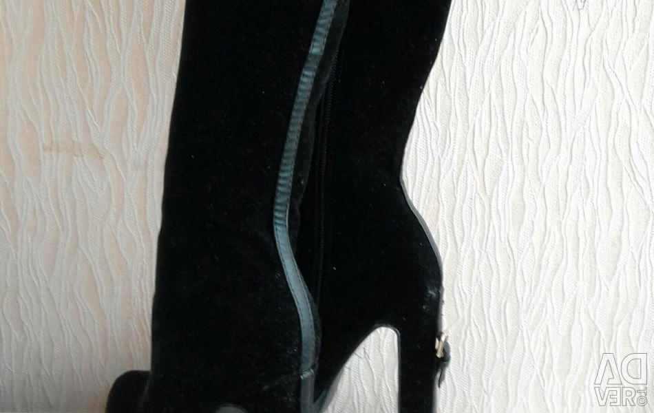 Взуття абсолютно новий