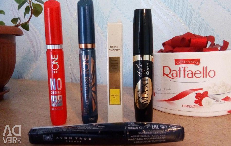 Mascara Oriflame, Faberlic and Avon.