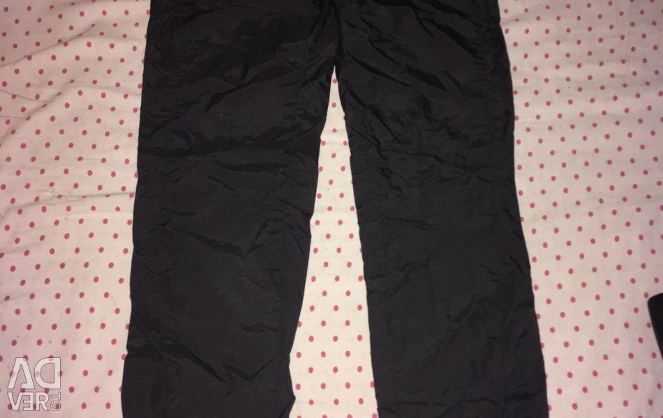 Pantaloni marca Adidas