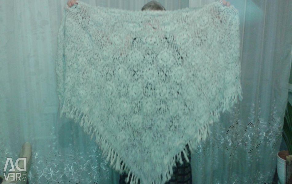 Handmade knitted woolen scarf