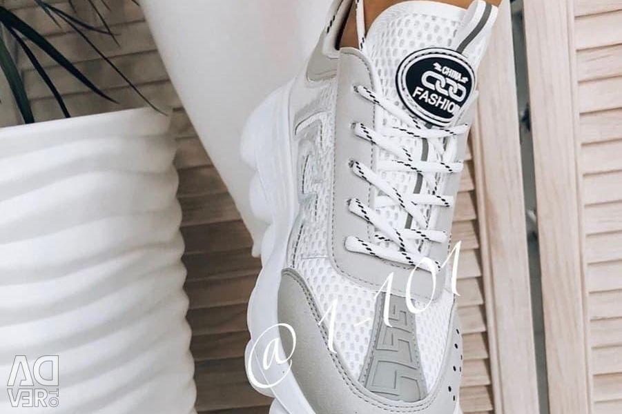 Sneakers p.34-38