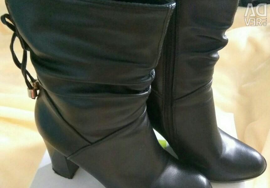 Half boots for women