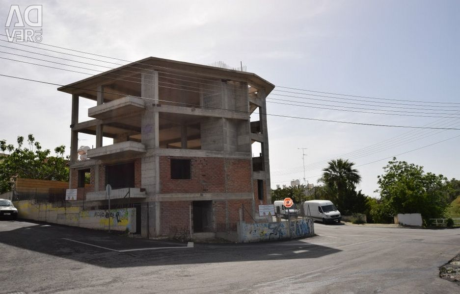 Incomplete Building  in Agia Phylaxeos, Limassol