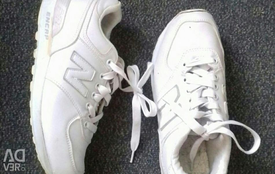 Sneakers once. 36-37