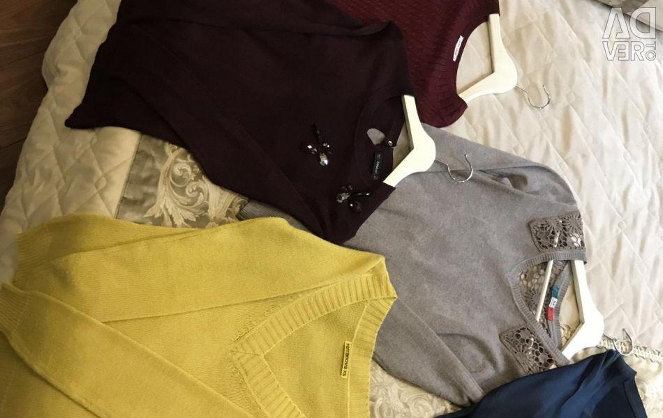 Îmbrăcăminte pentru femei 300-500 de ruble