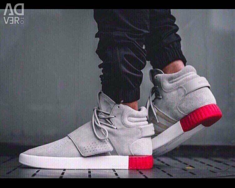 Sneakers 👟