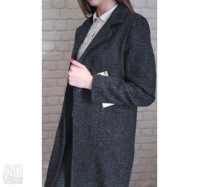 Пальто прямое
