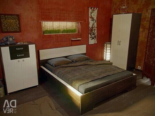 Σετ υπνοδωματίου Domino / ντουλάπα / κρεβάτι / τουαλέτα