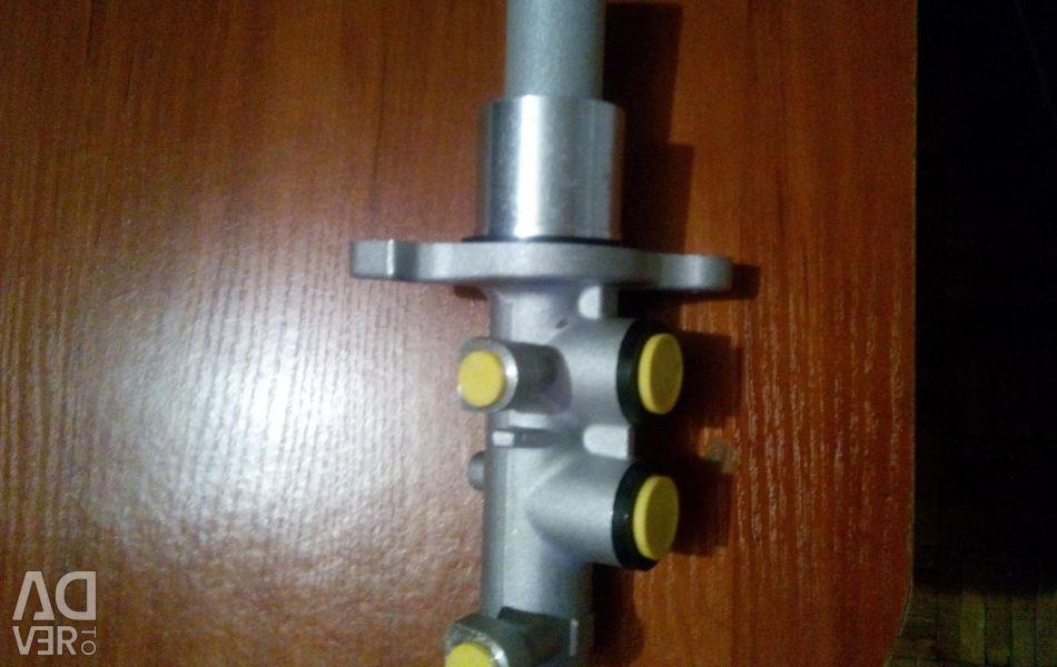 Brake cylinder, diesel oil.