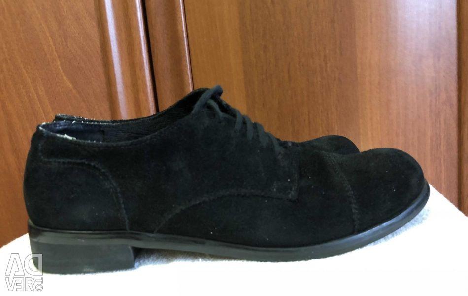 Туфли чёрные , замшевые