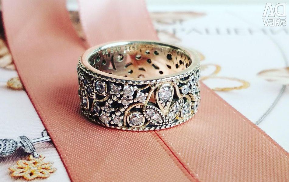 Pandora new ring
