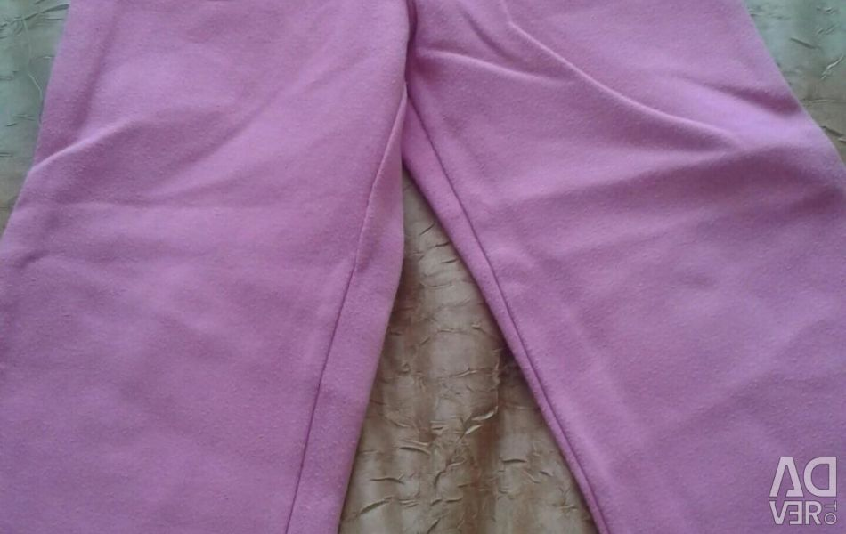 Trousers knitted on the girl rost104