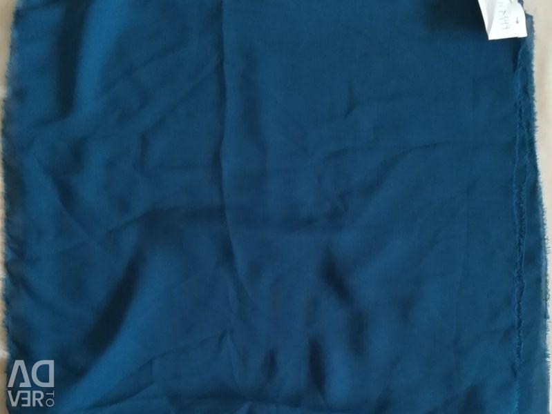 Șifon albastru tăiat
