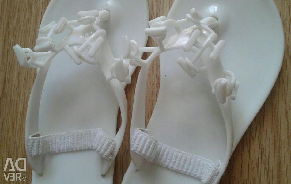 23 size shoes