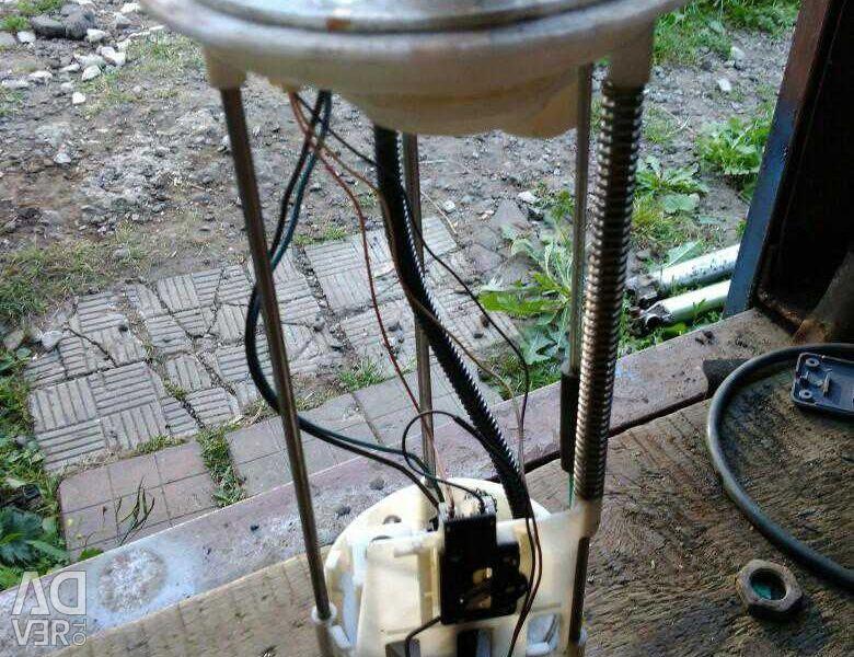 Αντλία καυσίμου στο QX56