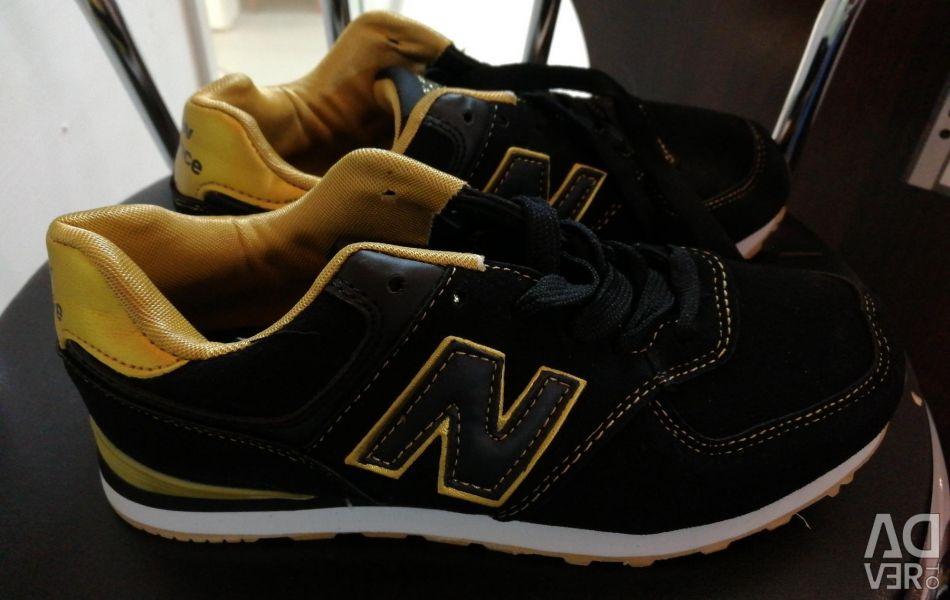 Sneakers 37. 41
