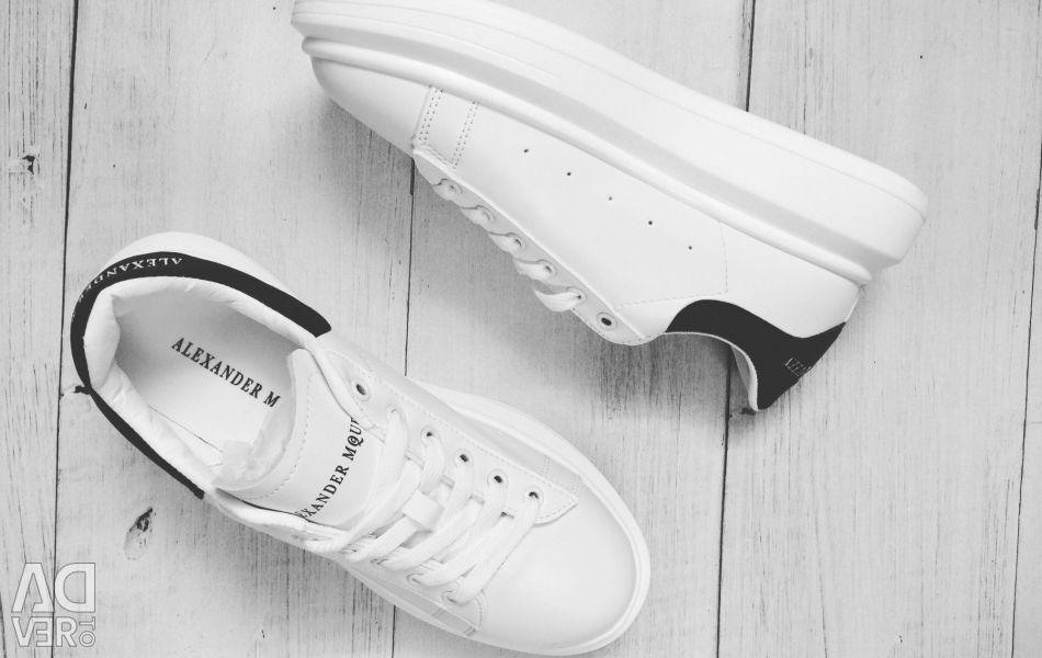 New sneakers Alexander Mqueen