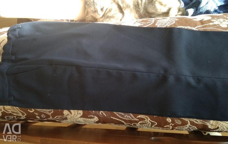 Pantaloni de școală r. 134