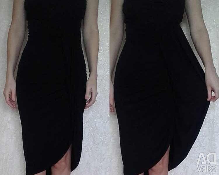 Сукня футляр по фігурі Sisley чорне віскоза сара