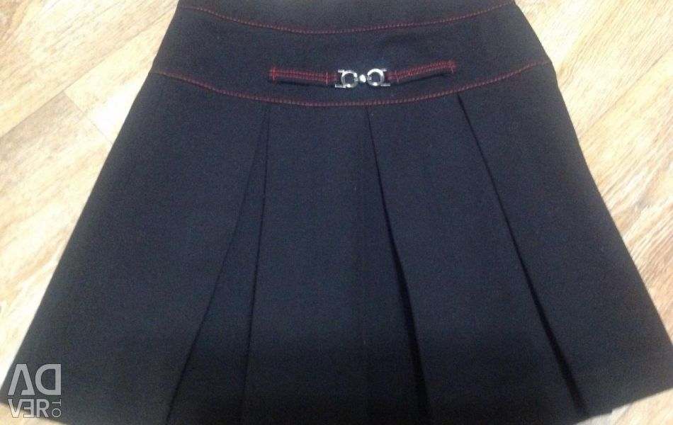 Skirt for a girl for 7-9 years.