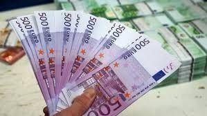 Oferte speciale și împrumută bani rapid între o parte