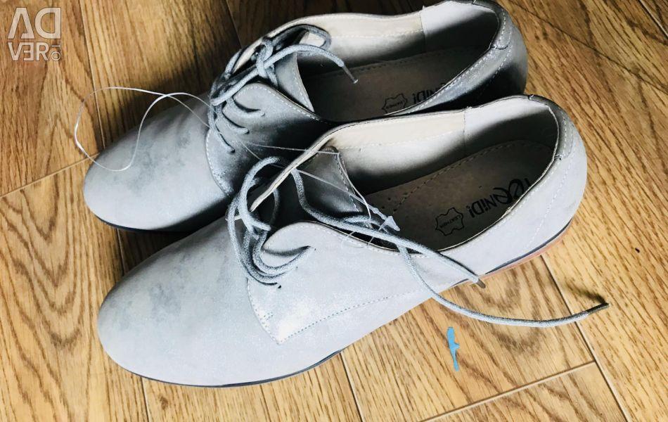 Παπούτσια 40₽