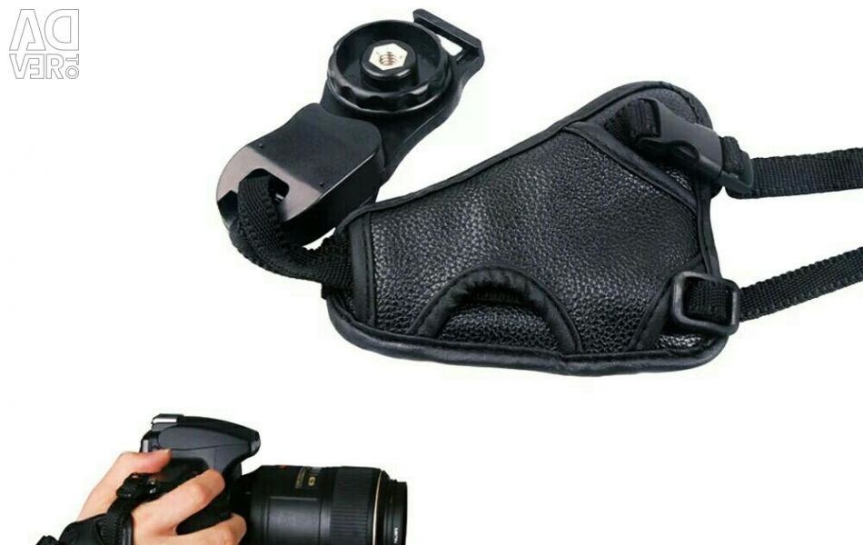 Strap holder for camera
