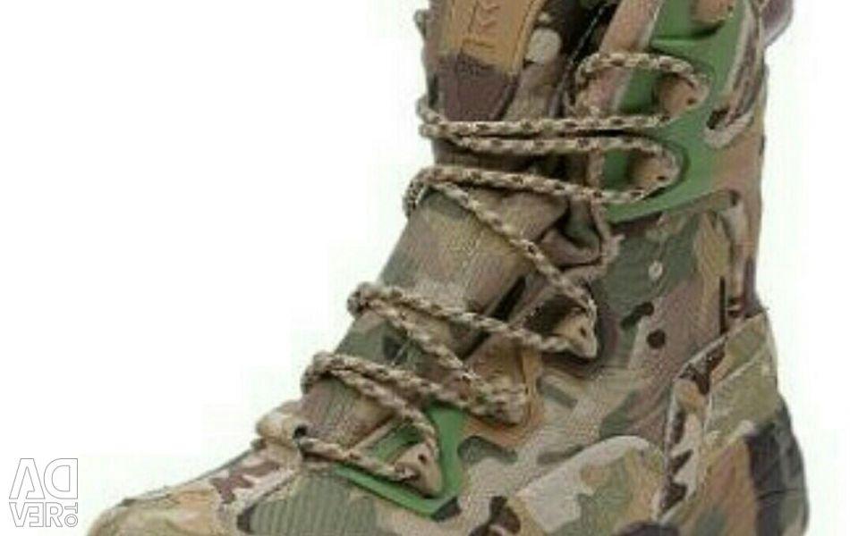 MAGNUM boots (USA)