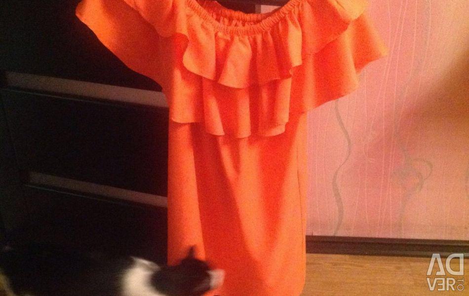 Dress bright orange for summer
