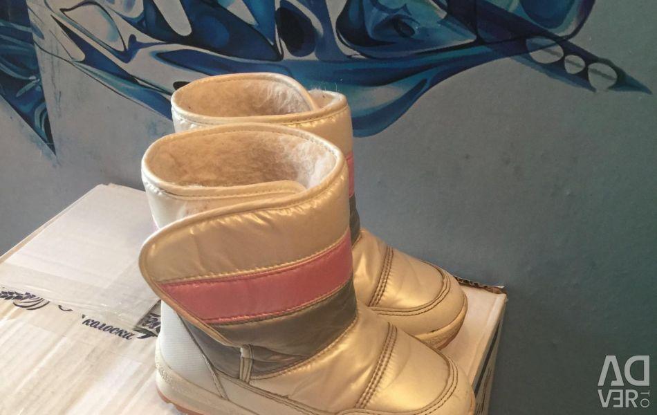 Демісезонні чоботи натур.р28