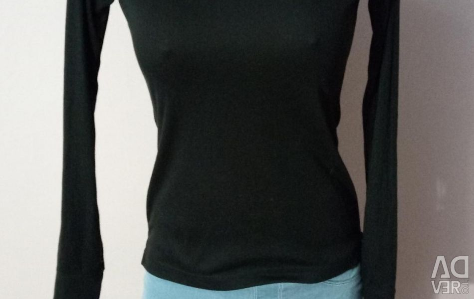 T-shirt with long sleeves