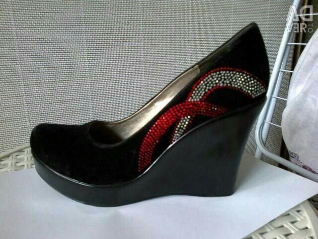 Туфлі чорні (39-40)