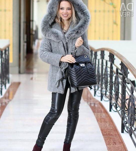 Italian coat with fox fur