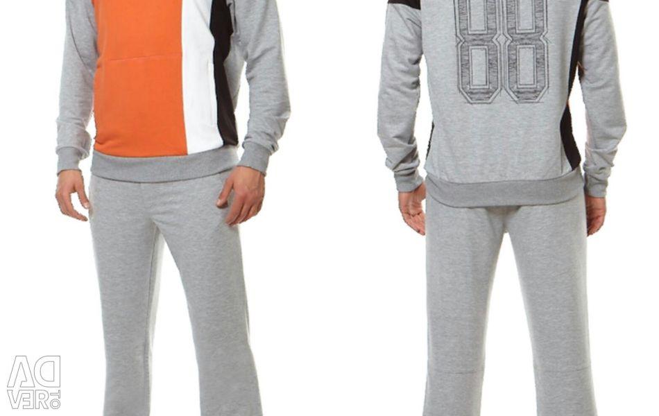 Men's sports suit + watch free