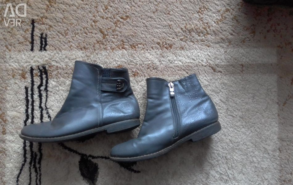 Boots 31 sizes