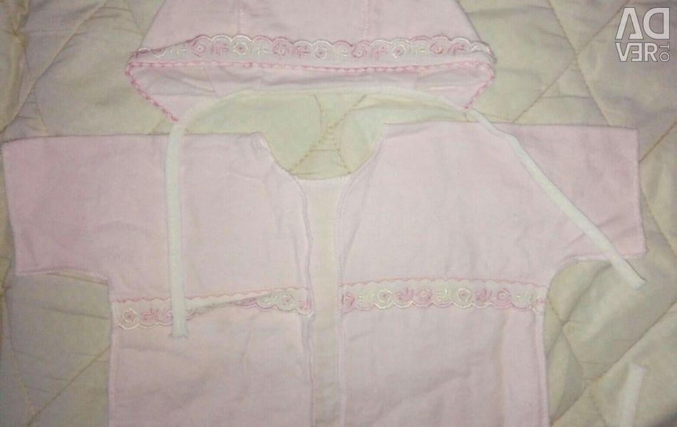 Baby's vest and bonnet