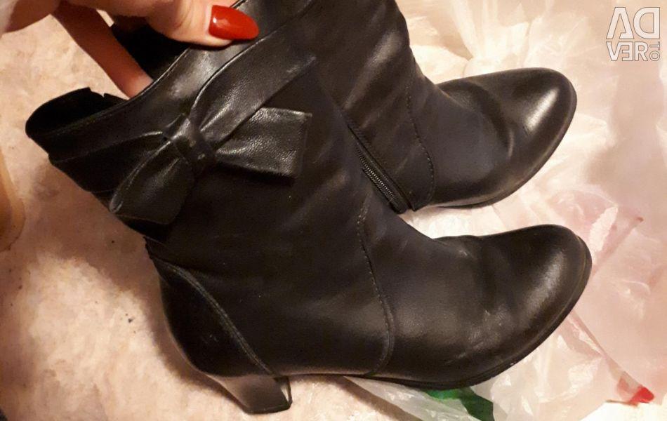 Women's boots fall