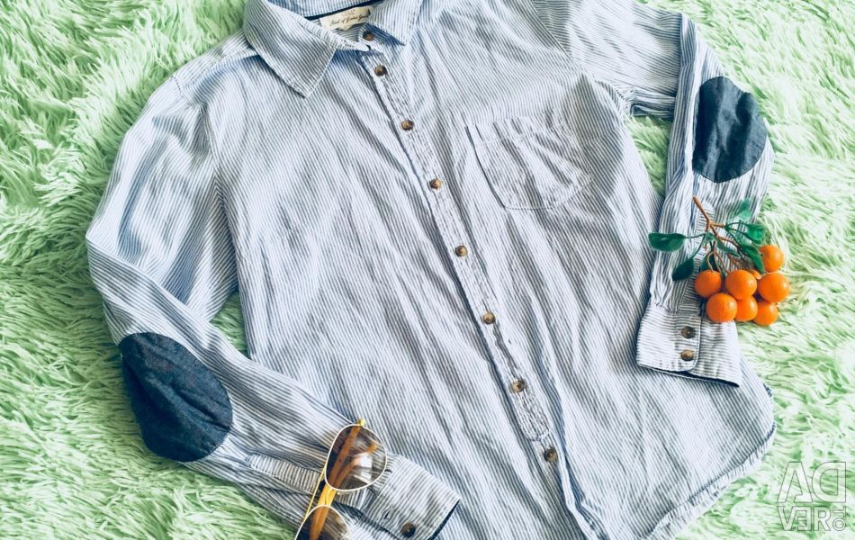 Shirt for a teenager Size S