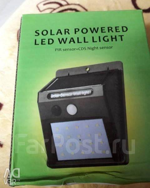 Lanternă cu LED. Pentru casă și garaj.