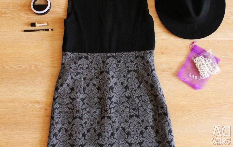Платье шляпа духи