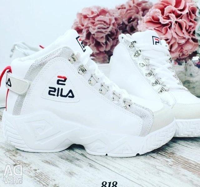 Spor ayakkabısı!