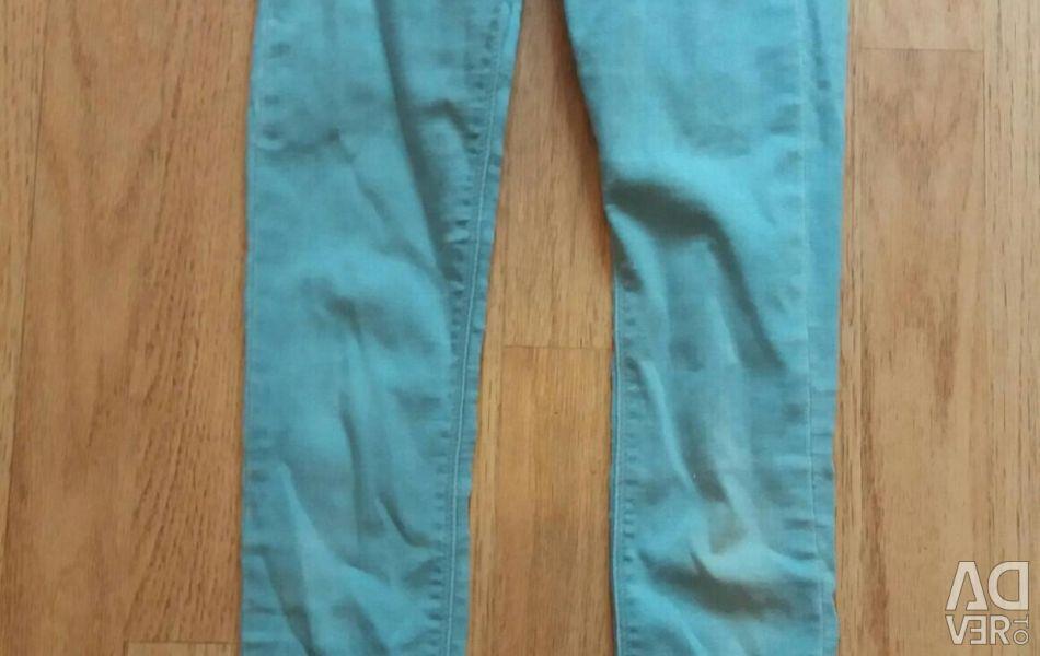 Jeans size 32