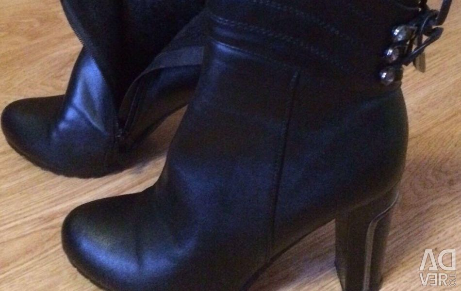 Women's boots for autumn-spring 38 r
